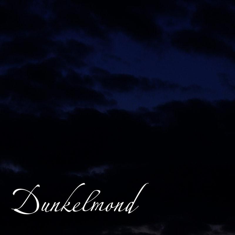 Dunkelmond im Juli