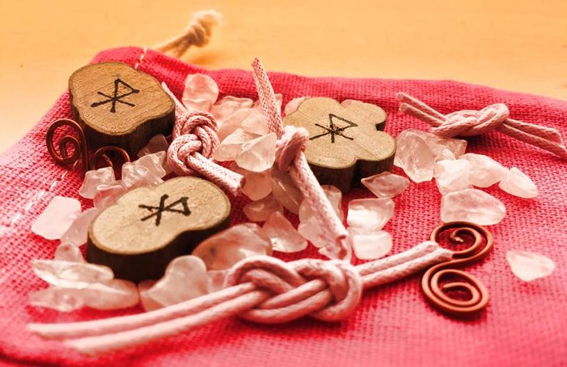Magie-Werkstatt - Mojo Herstellung in Handarbeit - New Love Mojo - Ritualbedarf
